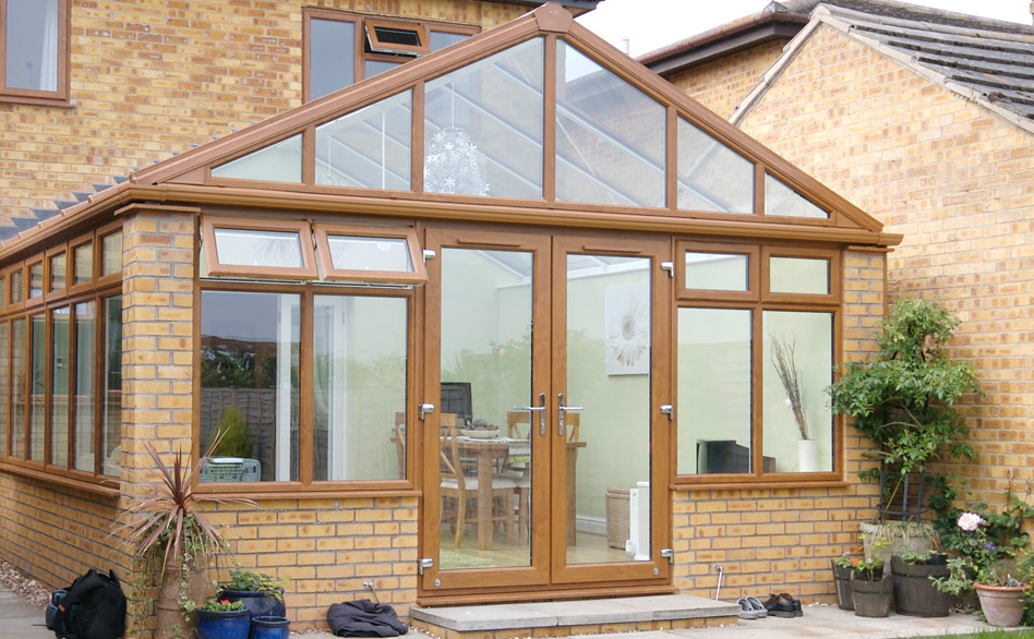 Oak Gable Fronted Conservatory